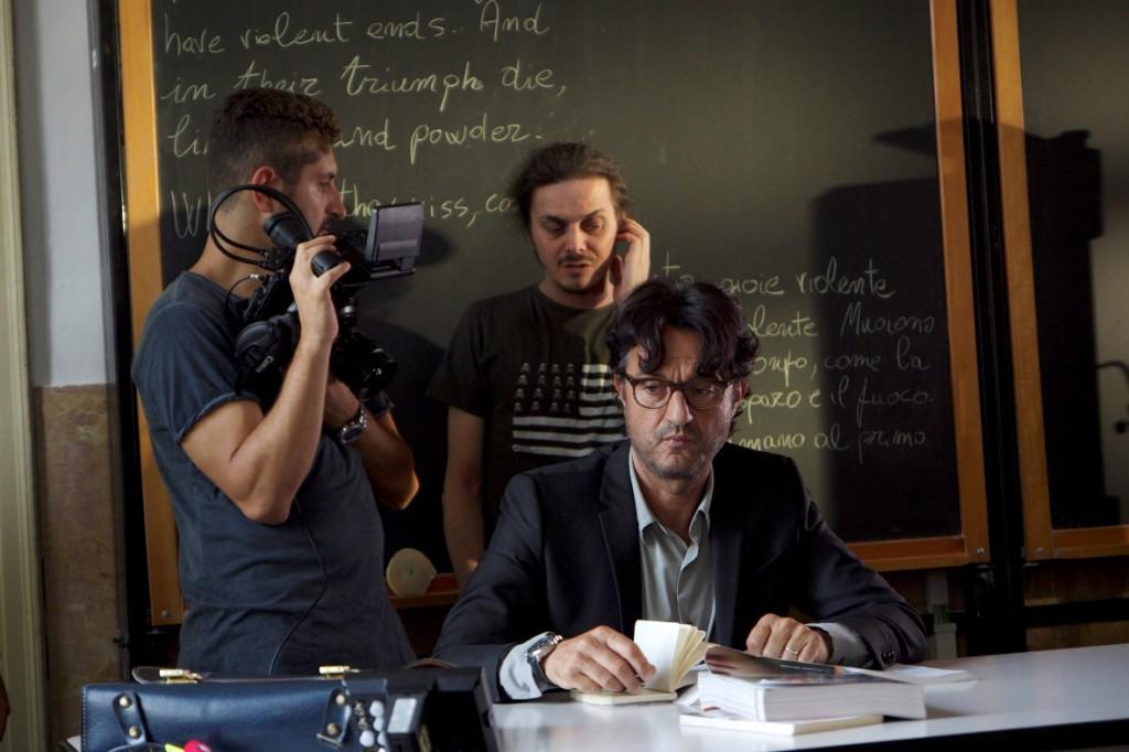 L'ORA DI LEZIONE di Luca Brunetti - con Giulio Base